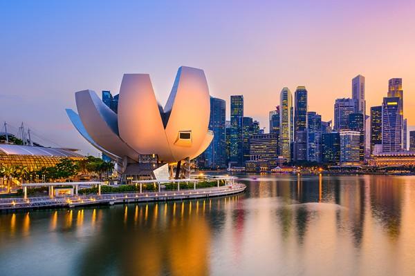 Mannatech CEO Mr. Al Bala Visits Singapore