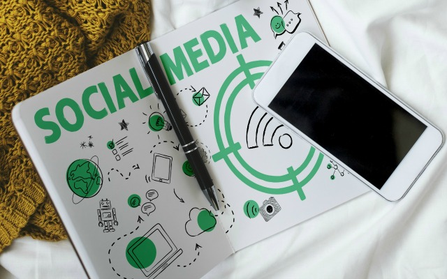 Getting Prospects to Ask You About Your Business Using Social Media